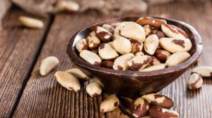 brazil nuts contain the trace element Selenium